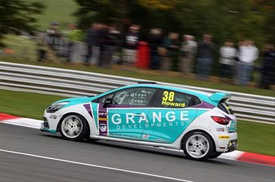 Rutland's Mark Howard to defend Renault UK Clio Cup 'Masters' crown with Team Pyro
